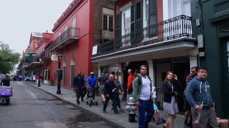 kult : Walking through the French Quarter New Orleans Dostupné videozáznamy