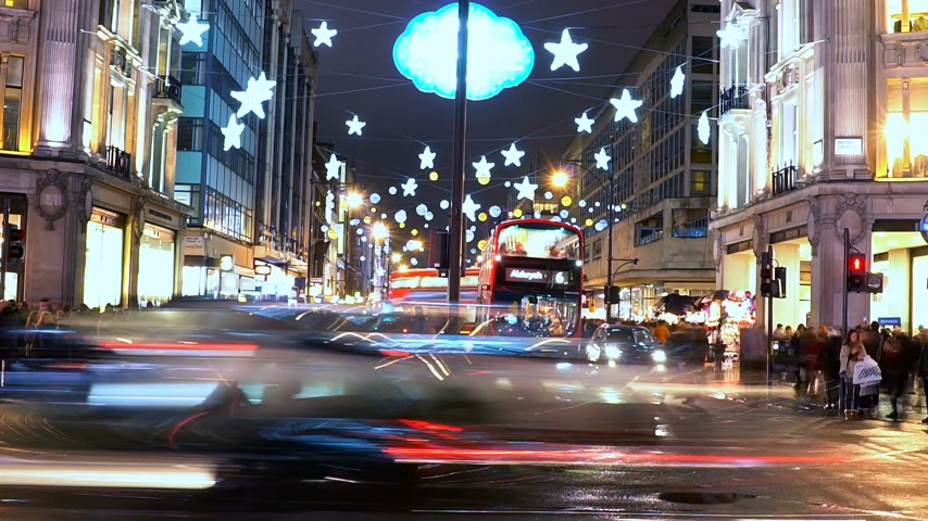 pré natal : Wonderful Christmas decoration in London - time lapse shot Vídeos