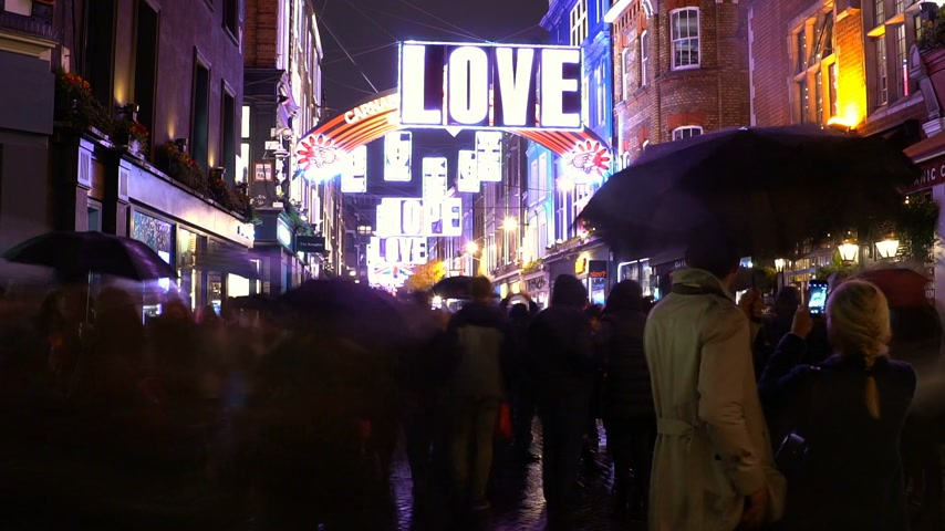 maravilhoso : Wonderful Carnaby Street in London at Christmas time - time lapse shot