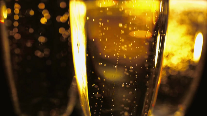cintilante : Macro shot of Golden Champagne - pure luxury Stock Footage