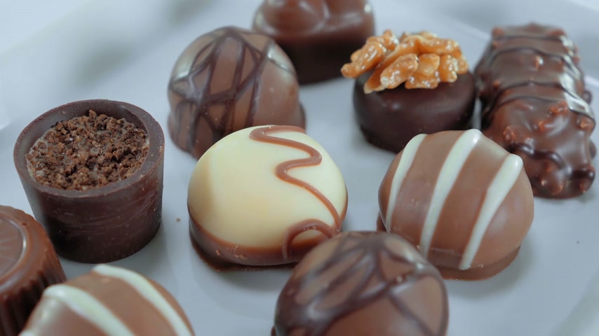 pralina : Chocolates on a dish - sweet selection of pralines