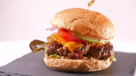 grilling : Big Cheeseburger - fast food fresh from the grill