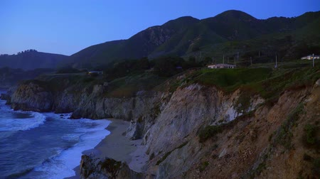 číslo : Beautiful Pacific Coastline at night - Big Sur in the evening