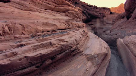 morte : Bello parco nazionale del canyon Death Valley del canyon in California
