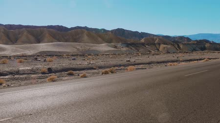 great indian desert : Road in the desert of California - Death Valley National Park