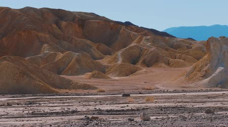 údolí : The amazing landscape of Death Valley National Park in California