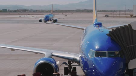 landing field : Southwest Aircraft at the gate - preparing for take off - USA 2017 Stock Footage