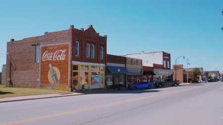 oklahoma : Street view in a small village in Oklahoma at Route 66 - USA 2017 Stock Footage