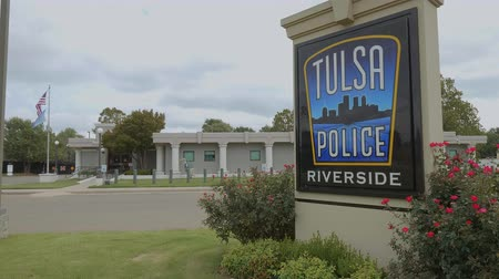 мостовая : Tulsa Police Department in Oklahoma - USA 2017 Стоковые видеозаписи
