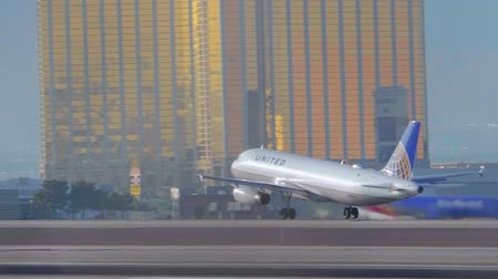 las vegas : Aircraft of United on the runway for take off - USA 2017