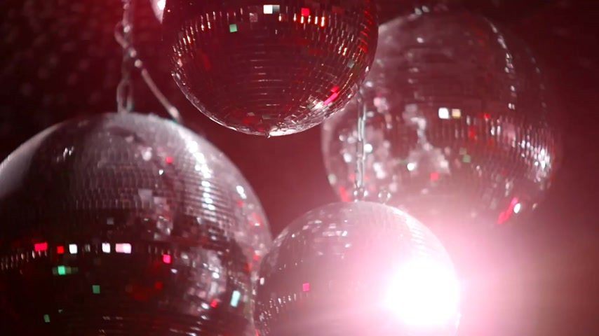 disko : Mirrorballs in a club - close up shot in slow motion