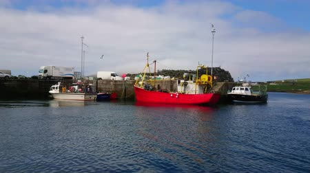 scénický : Fisher boats at the Irish west coast