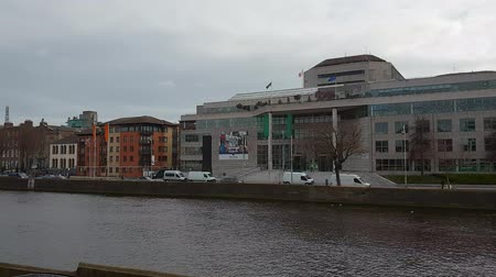 lugar famoso : Dublin City Council at River Liffey Vídeos