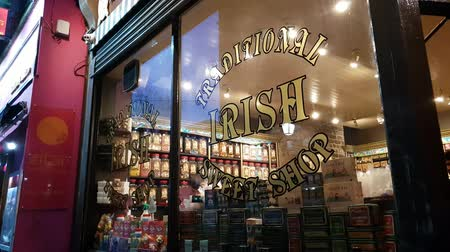 fotografia : Irish sweet shop at Temple Bar district in Dublin Wideo