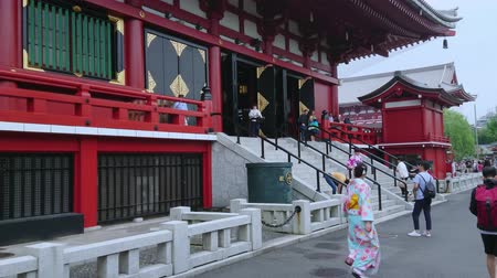 japonka : Most famous temple in Tokyo - The Senso-Ji Temple in Asakusa - TOKYO  JAPAN - JUNE 12, 2018