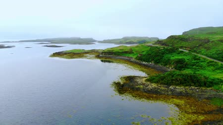 bretanha : Flight over Loch Dunvegan on the Isle of Skye in Scotland