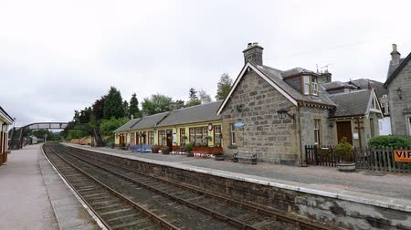 İskoçyalı : Boat of Garden Railway station in the Scottish Highlands - Speyside Steamtrain