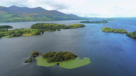 irsko : Typical view over Killarney National Park in Ireland