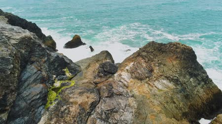 reino unido : The amazing Coast of Cornwall England with its rocky cliffs