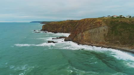 venkovský : Flight along the cliffs of Cornwall - wonderful aerial view over the landscape Dostupné videozáznamy