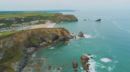 典型的な : Typical view over the Coastline of Cornwall - flight over wonderful landscape