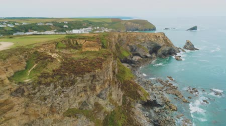 venkovský : Aerial view over the coastline in Cornwall
