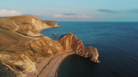 cornualha : Popular landmark in England - the beautiful Durdle Door at the British Coast