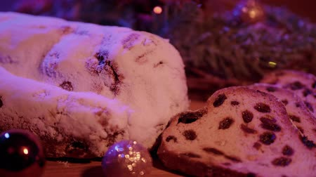 изюм : Close up shot of Christmas stollen