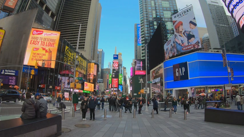 広角 : Famous Times Square In Manhattan New York wide angle view 動画素材