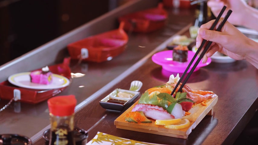 sushirestaurant : Eating Sushi in a restaurant