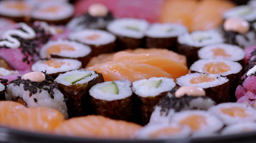 sushirestaurant : Close up of freshly made Sushi on a plate Stock Footage