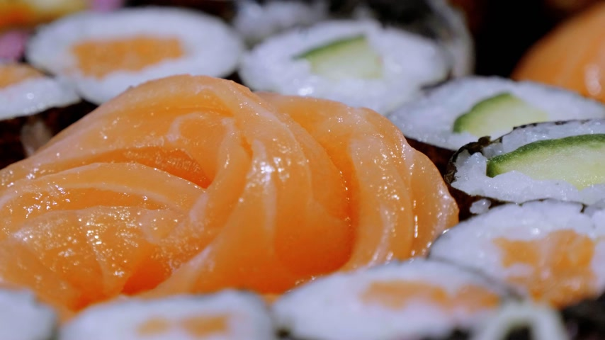 нигири : Sake Sashimi - fresh raw Salmon served in a Sushi Bar