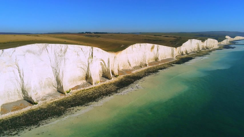 erodida : The White cliffs of Seven Sisters from above