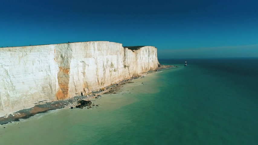 erodida : The White Cliffs of England in Sussex from above Vídeos