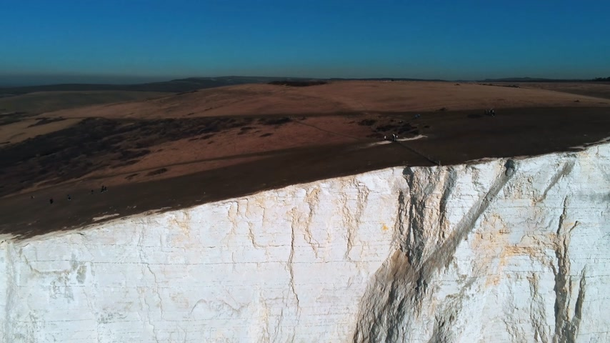 latarnia morska : Seven Sisters coastline in England with its white cliffs