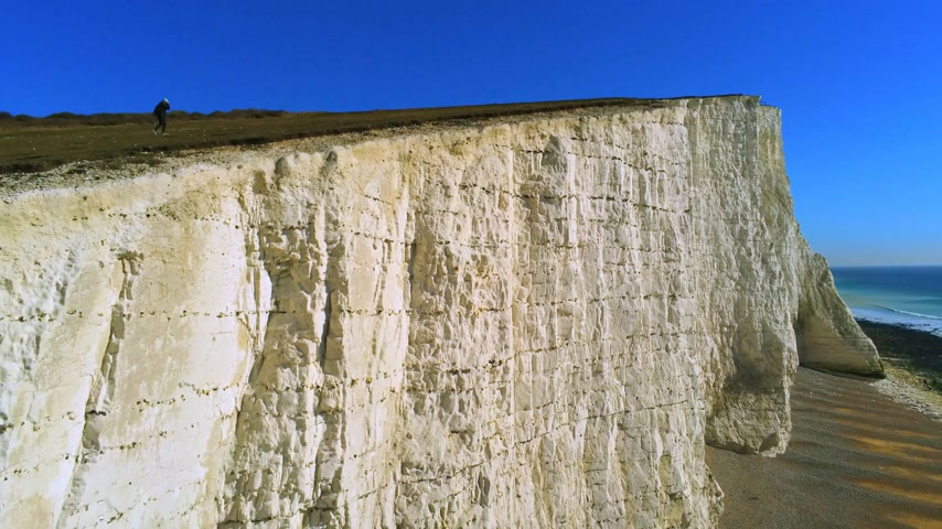 seixo : The White cliffs of Seven Sisters from above