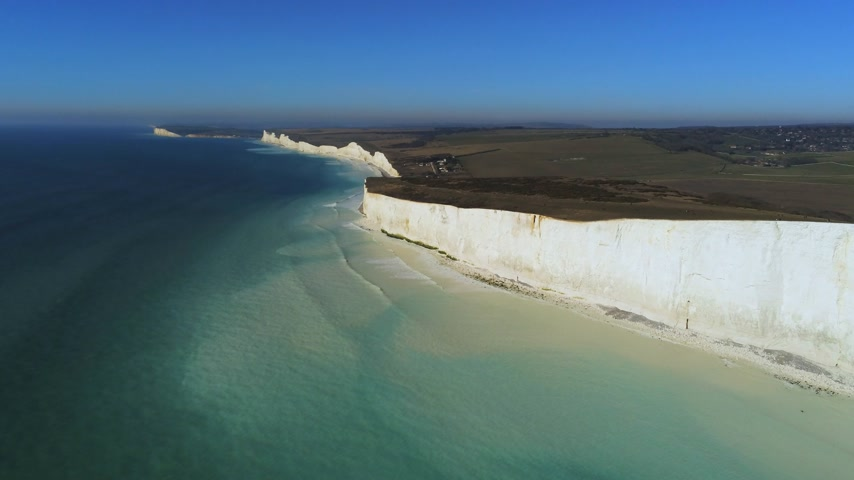 erodida : Famous White Cliffs of England from above