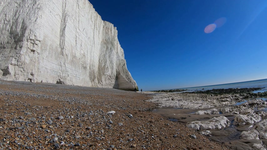 haven : Cuckmere Haven Beach at Seven Sisters England