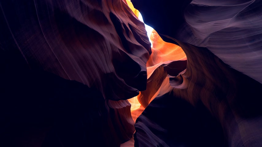 západ : Antelope Canyon - amazing colors of the sandstone rocks