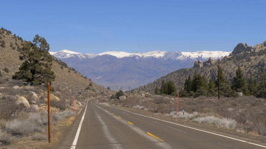piskopos : Scenic road through the mountains of Sierra Nevada Stok Video