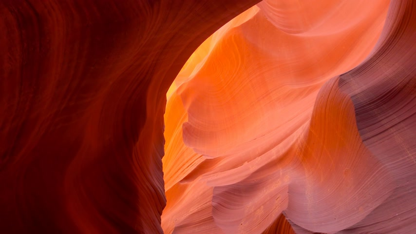 navajo : Amazing sandstone formations at Antelope Canyon - travel photography
