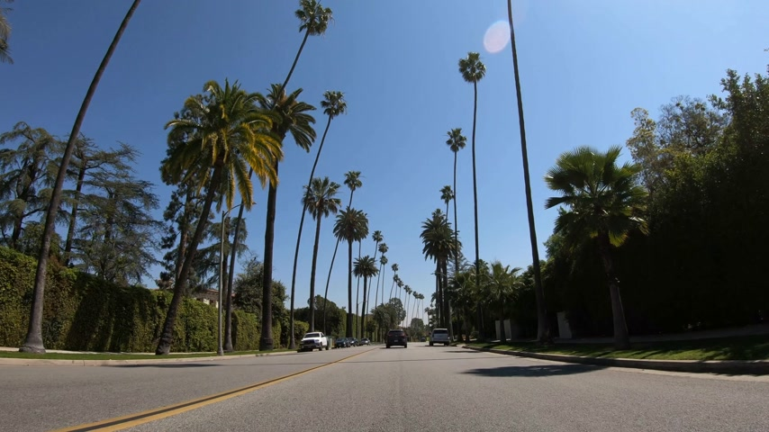 surrealismo : Beverly Hills POV drive - LOS ANGELES. USA - MARCH 18, 2019 Stock Footage