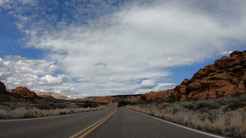 moab : Drive through Snow Canyon in Utah