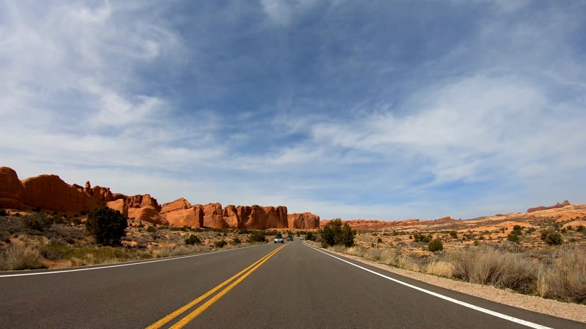 untamed : Road trip at Snow Canyon in Utah Stock Footage