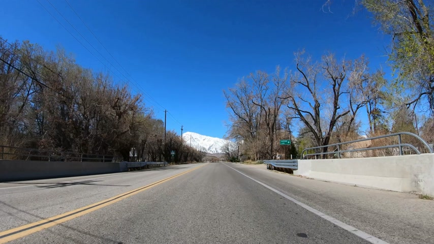 asphalt road : Drive through Inyo County and Yosemite in California