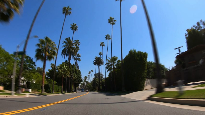 voyant : Hyperlapse en voiture à travers Beverly Hills