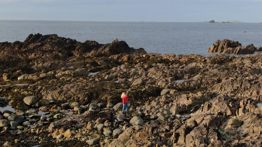 zigzag : The rocky landscape at Malin head at the Atlantic coast of Ireland Stock Footage