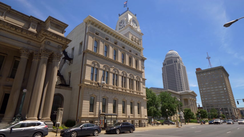 derby : Louisville City Hall Building - LOUISVILLE, USA - JUNE 14, 2019 Stock Footage