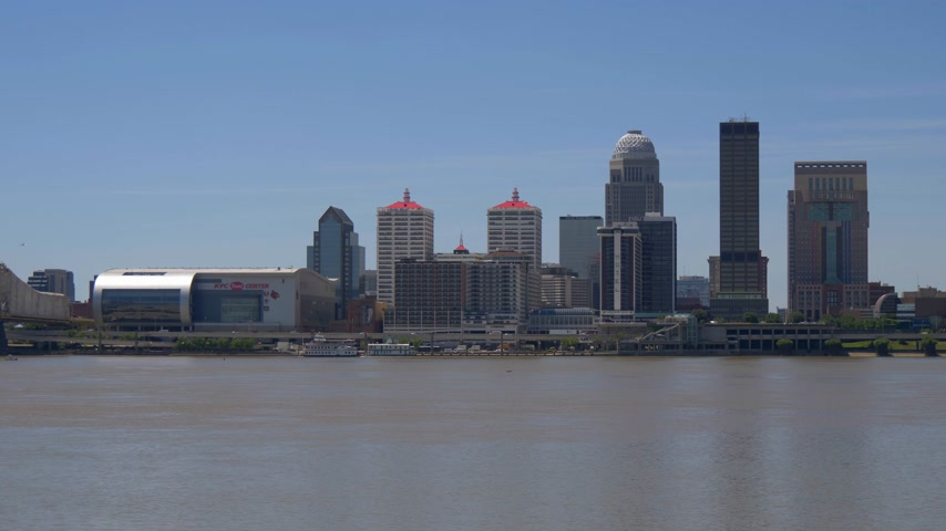 derby : Skyline of Louisville Kentucky on a sunny day Stock Footage
