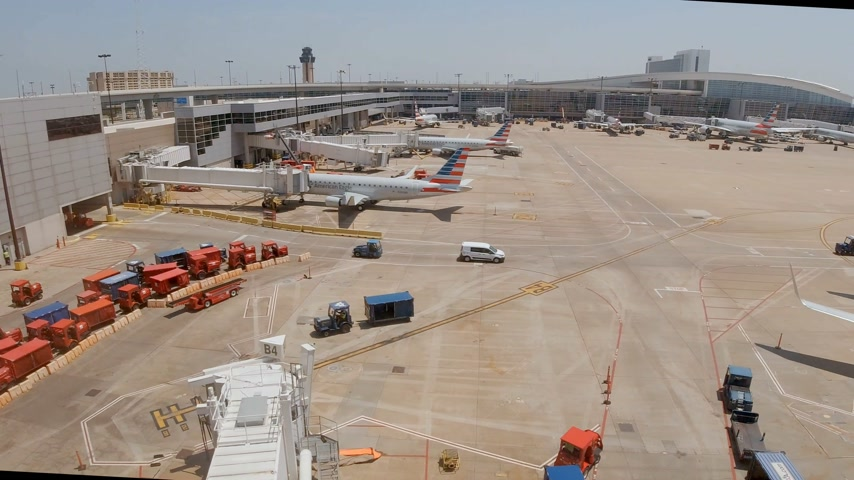 resmedilmeye değer : Dallas Fort Worth Airport airfield - DALLAS, USA - JUNE 20, 2019